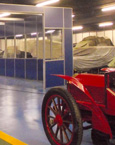 Officina riparazioni del museo dell'automobile di Torino in pareti mobili vetrate