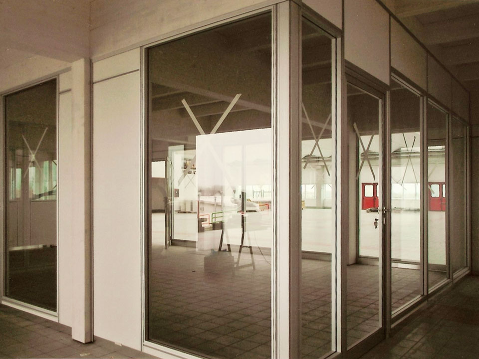Pareti mobili divisorie per ufficio simag for Mobili per interni
