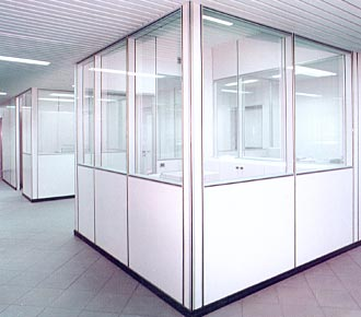 Pareti mobili divisorie per ufficio simag for Pareti divisorie ufficio economiche