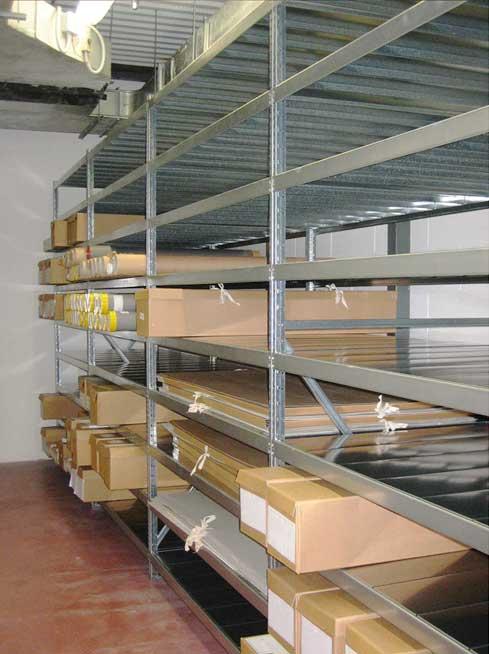 scaffalature uso archivio/ deposito prodotti voluminosi