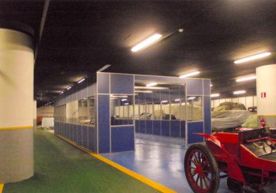 Officine riparazioni del museoauto di torino realizzate con pareti divisorie vetrate