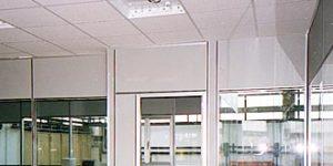 controsoffitto per pareti mobili in pannelli di fibra minerale