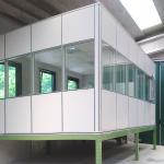 Soppalco per ufficio con pareti mobili vetrate